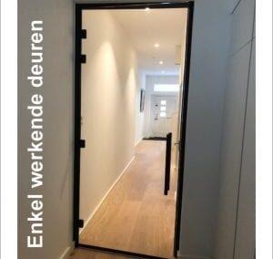 Enkel werkende deuren